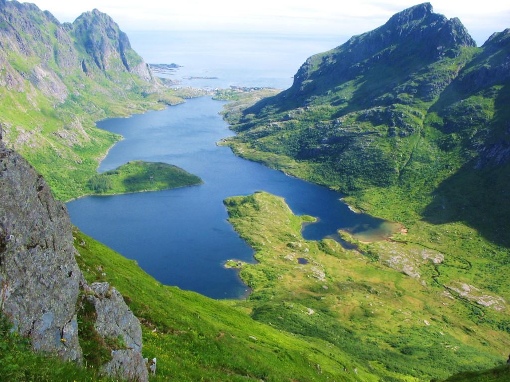 Blick auf die Berge der westlichen Lofoten (Torsten Schäfer)